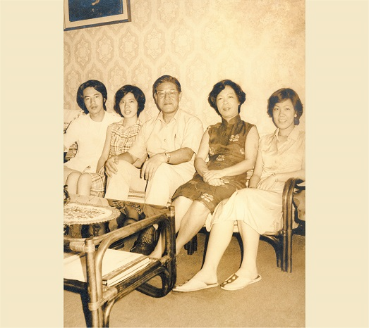 1978: A family photo taken during his tenure as mayor of Taipei City.