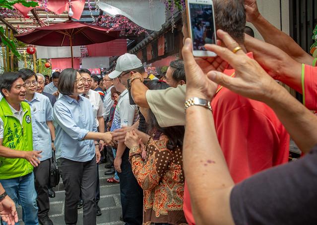 總統參訪「手信坊創意和菓子文化館」