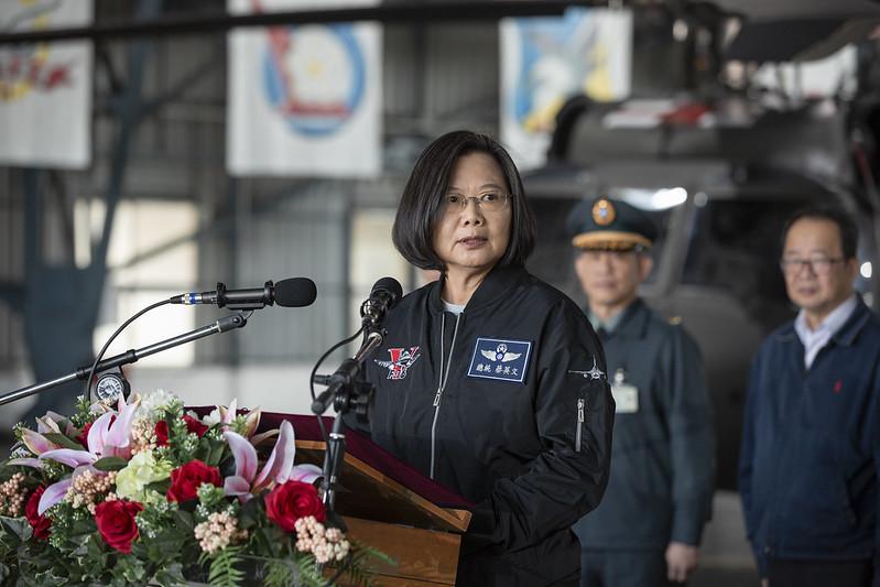 總統春節慰勉「空軍第四戰術戰鬥機聯隊」,並致詞