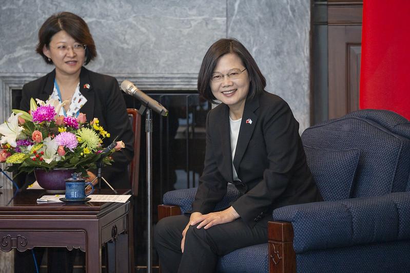總統接見「瓜地馬拉共和國總統當選人賈麥岱訪團」,盼兩國合作邁向新的里程碑