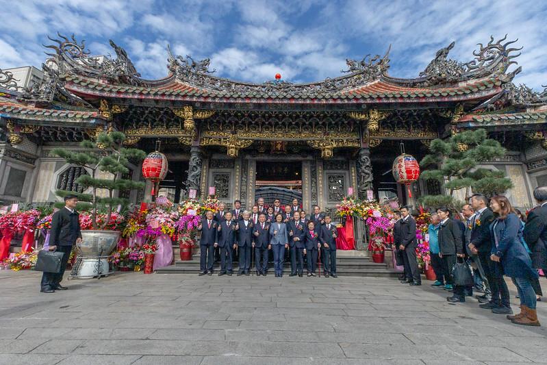 蔡英文總統今(27)日上午出席艋舺「龍山寺建寺280周年紀念」